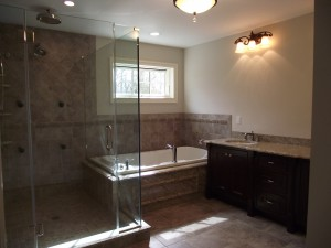 P-DeBlasio-Builders-Baths-03-020